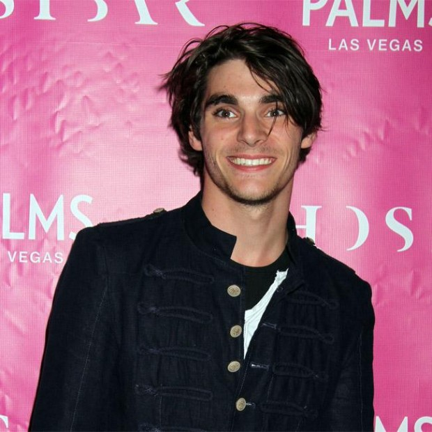 RJ Mitte planning music career - The Tango