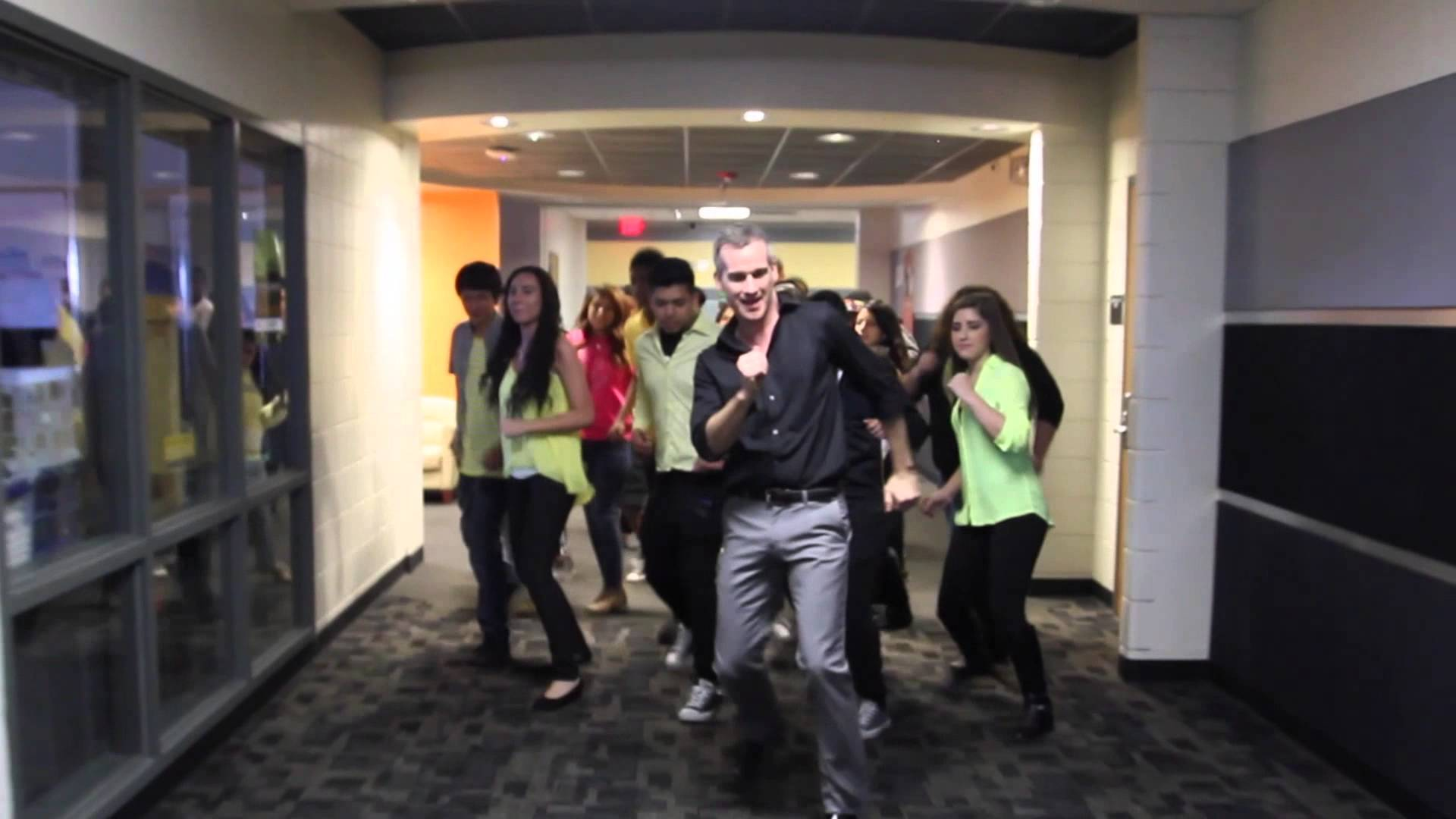 high-school-uptown-funk-dance.jpg