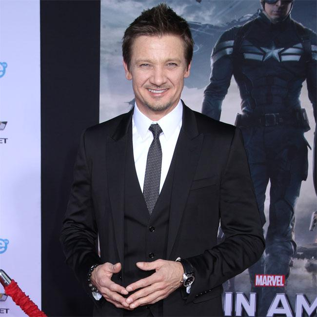 jeremy_renners_very_safe_sex.jpg