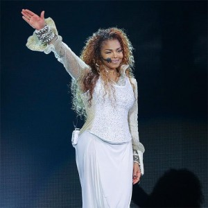janet_jackson_pregnant_with_first_child.jpg