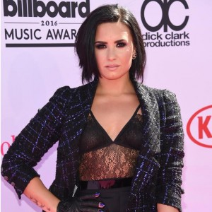 demi_lovato_i_thought_id_be_dead_by_21.jpg
