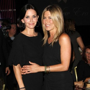 courteney_cox_says_brangelina_divorce_not_about_jennifer_aniston.jpg