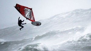 Windsurfing in hurricane conditions looks absurd!