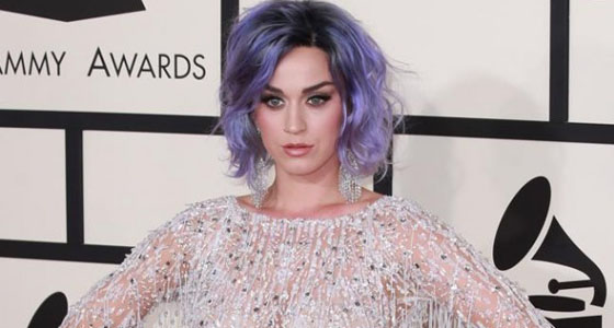 Artist slams Katy Perry for 'stealing' artwork for single cover