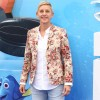 ellen_degeneres_pays_tribute_to_president_obama_for_transforming_her_life.jpg
