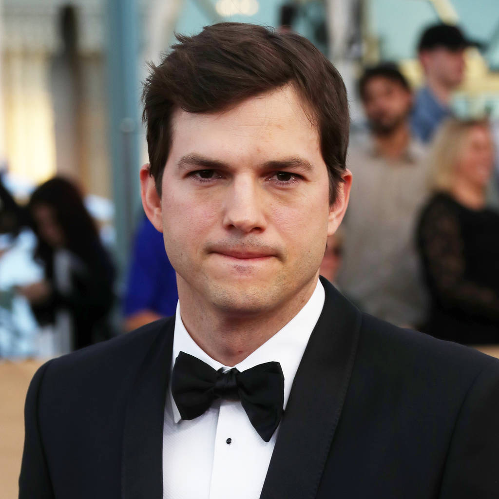 Ashton Kutcher upset with publication of family pictures ... Ashton Kutcher