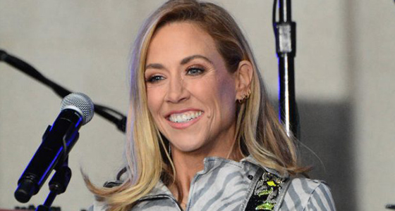 Sheryl Crow dedicates new song to Sandy Hook shooting victims