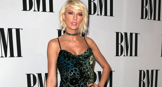 Taylor Swift slammed for failing to withdraw 'empty' legal threats to blogger
