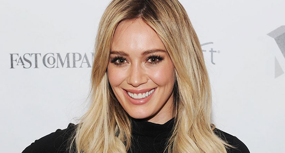 Hilary Duff fumes at paparazzo for 'hunting' her for 'hours'