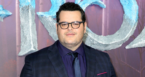 Josh Gad to host Wayne's World cast reunion on YouTube